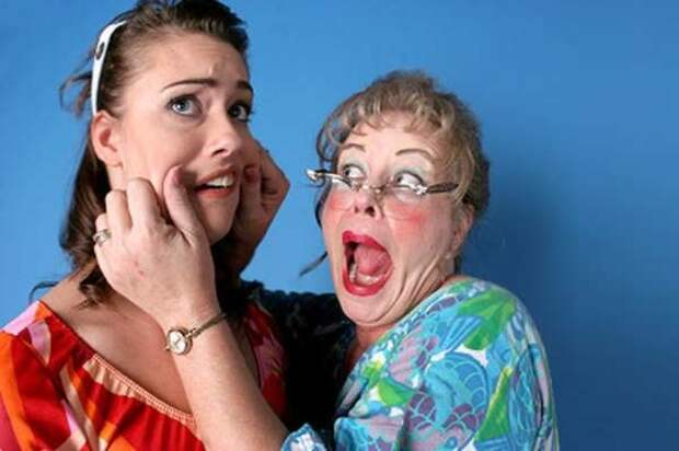 7 ошибок невестки: Что не стоит делать в отношениях со свекровью?