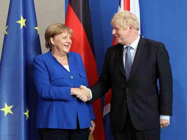 """Джонсон и Меркель обсудили на полях саммита G7 """"дестабилизирующую деятельность Китая и РФ"""""""