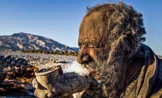 Как выглядит человек, который не мылся 60лет