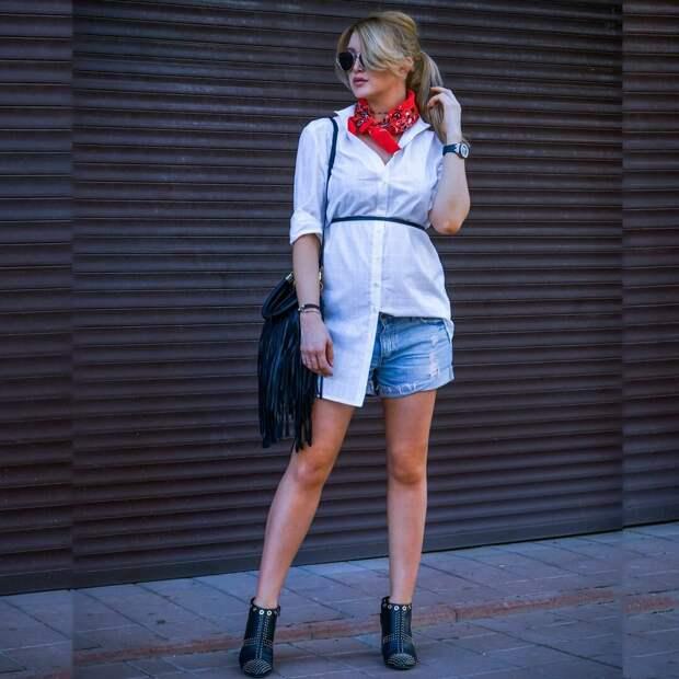 Взрослая женщина в шортах. /Фото: i.pinimg.com