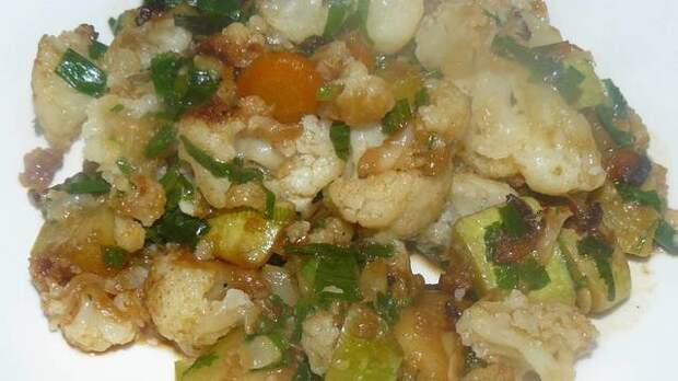 Фото к рецепту: Жареные кабачки с цветной капустой