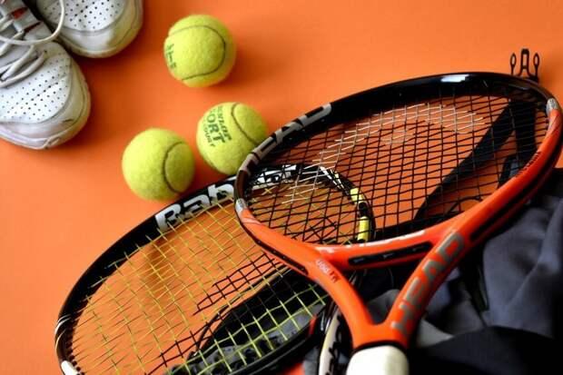 Теннисист Аслан Карацев тренировался у «Речного вокзала»