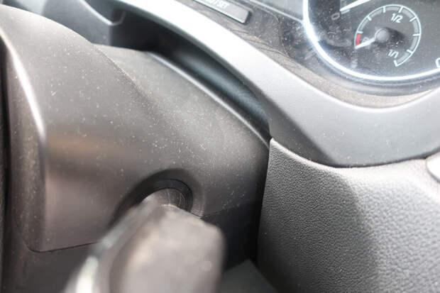 пыль в салоне автомобиля: как бороться