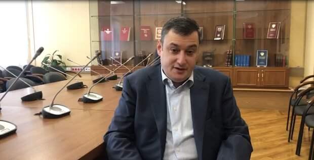Председатель комитета Госдумы РФ по информации: «Мат не является оскорблением, если он не адресован конкретному лицу»