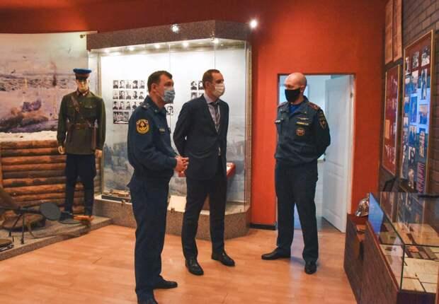 Префект СВАО посетил Академию противопожарной службы МЧС России