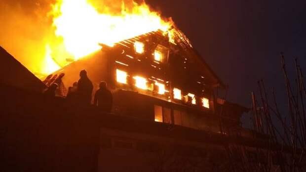 Трехэтажный дом взорвался в Нижегородской области, есть пострадавшие