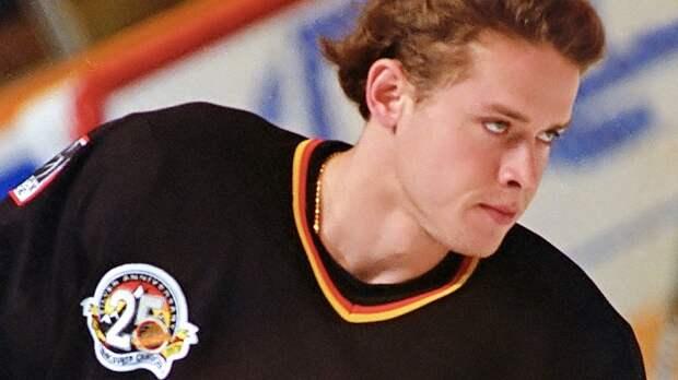 Легендарный гол русского хоккеиста Буре. Он забил с разворотом на 180 градусов на глазах у великого Гретцки: видео