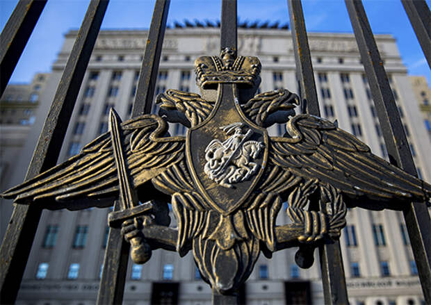 Свыше 6 тысяч военнослужащих танковой армии ЗВО приняли участие в торжественных мероприятиях 9 мая на территории 5 регионов России