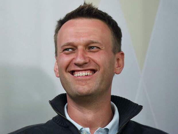 Навальный грамотно ответил идиоту!