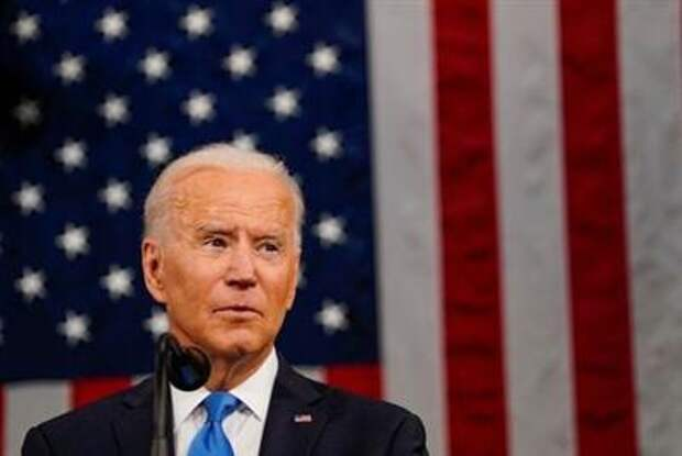 President Joe Biden addresses a joint session of Congress in Washington, U.S., April 28, 2021. Melina Mara/Pool via REUTERS