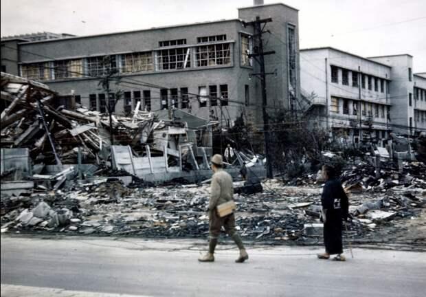 Хиросима после взрыва атомной бомбы.