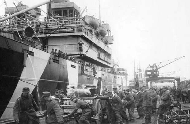 Операция Гитлера «Ганнибал»: крупнейшая морская эвакуация в истории