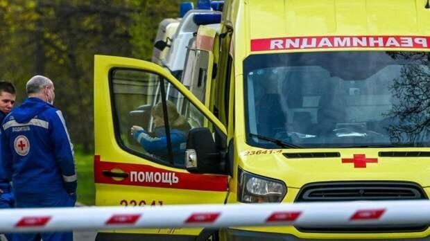 Казанские медики госпитализировали 12 детей после стрельбы в школе