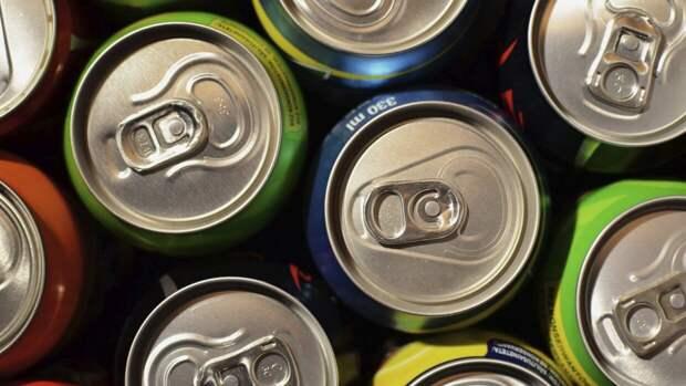 Перечислены несовместимые с диетой напитки
