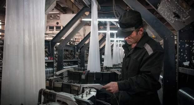 Зеки в России зарабатывают 224 тыс. рублей, а ты?!