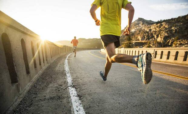 Почему лучше тренироваться по утрам: 7 главных причин