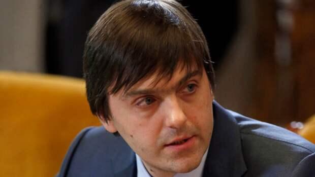Минпросвещения РФ заявило о необходимости противостоять искажению истории в учебниках