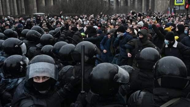 Координатор штаба Навального в Петербурге Фатьянова проведет в СИЗО шесть суток