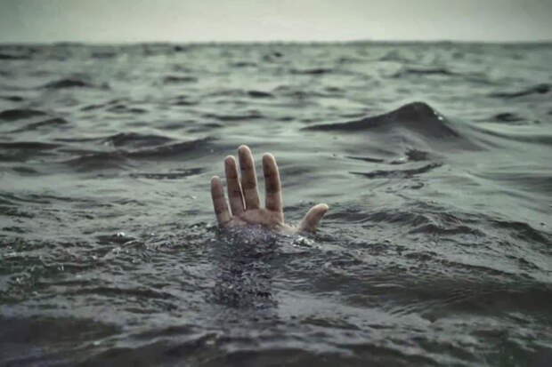 В Сочи спасли тонущего туриста