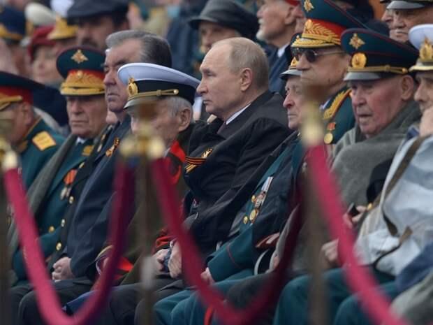 Гозман: Лучший день в истории СССР заменили на лубок с бравурной музыкой