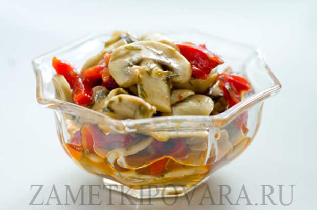 Отличная закуска из болгарского перца с шампиньонами