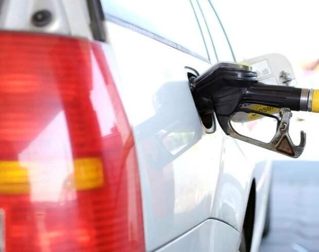 Минэнерго связало с морозами рост цен на бензин