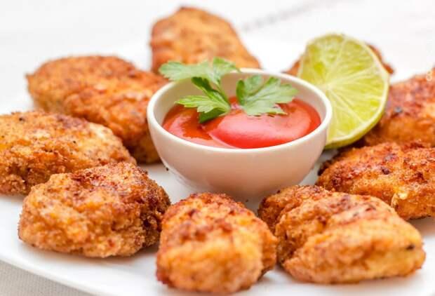 Макдоналдс дома: готовим нежные куриные наггетсы