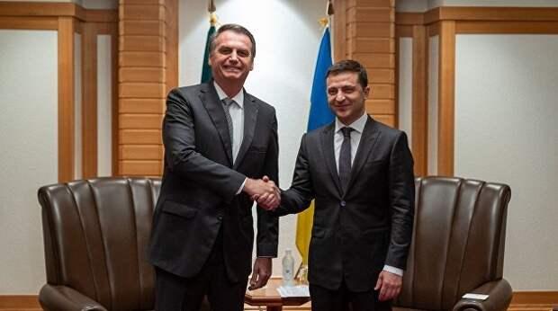 Внешняя зависимость украинской власти не имеет аналогов в современной истории