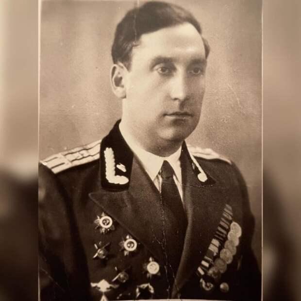 Максим Галкин показал своего дедушку