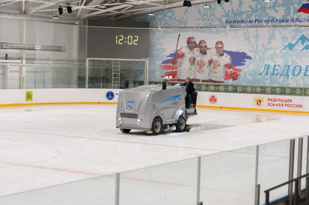 На лед. Круглый год. Материал «СА» о работе в Майкопе ледовой арены
