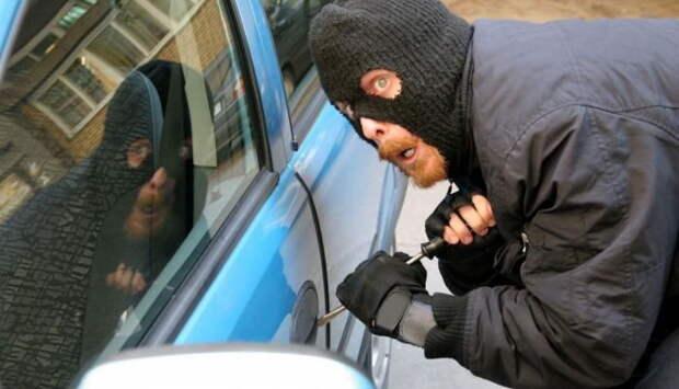 Криминальный Севастополь: в июле сын задушил мать, а воры не дремали