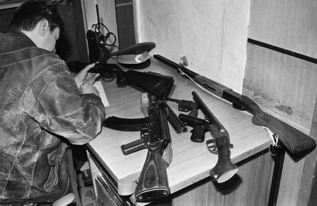 Куда делись бандиты из 90-х (3 фото)