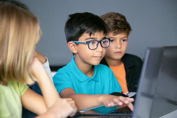 Минпросвещением был создан «образовательный интернет» для школьников