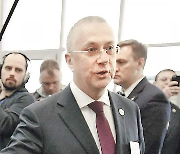 Ельцинские министры сбежали на Запад и оттуда ругают Россию