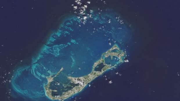 Первые полинезийские племена начали покорять острова Океании в IX веке