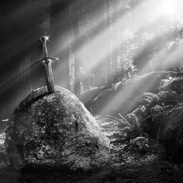 «Истории с камнем»