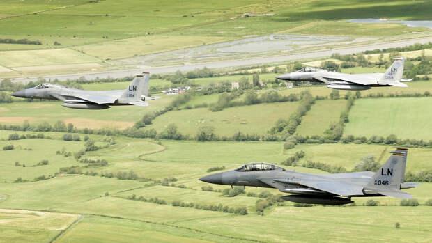 Аналитиков Sohu удивила необычная реакция Москвы на действия ВВС США у границ РФ