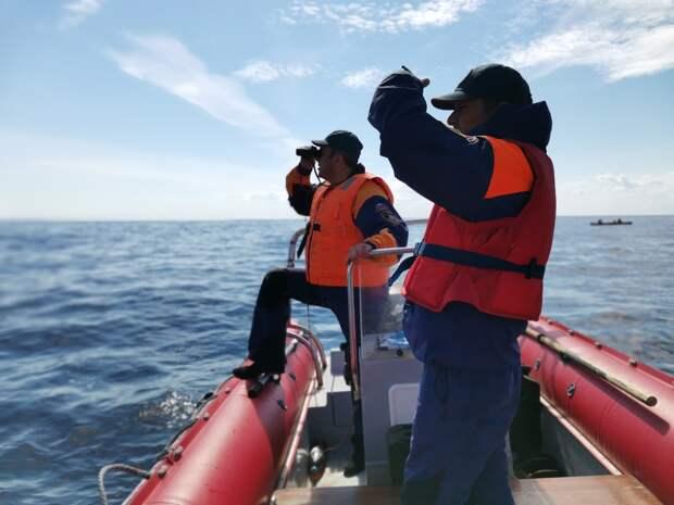 Тела пропавших в шторме рыбаков найдены в Мурманской области