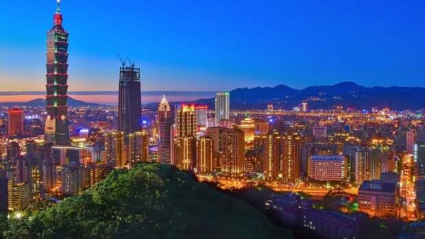 Лидеры G7 в совместном заявлении призвали к миру в Тайваньском проливе