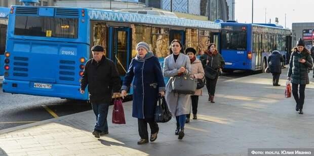 В Москве на время ограничений отменят льготный проезд школьникам и пенсионерам Фото: Ю. Иванко mos.ru