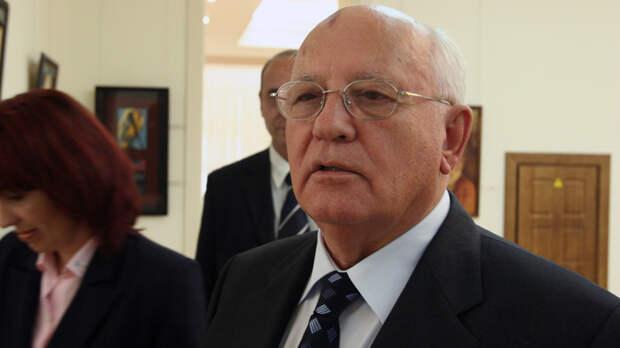 """""""Бредом не занимайтесь"""": О готовящемся госперевороте Горбачёву доложили ещё за полгода"""