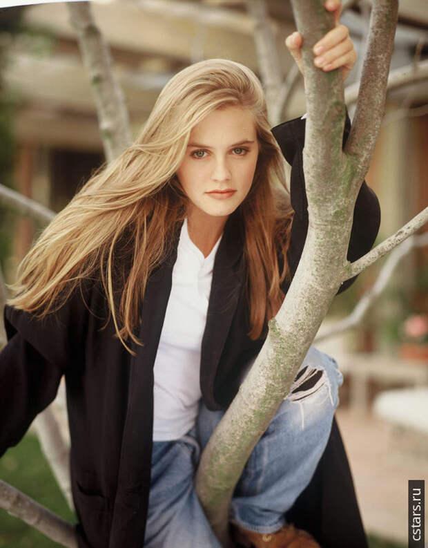Алисия Сильверстоун в фотосессии Даны Файнмен