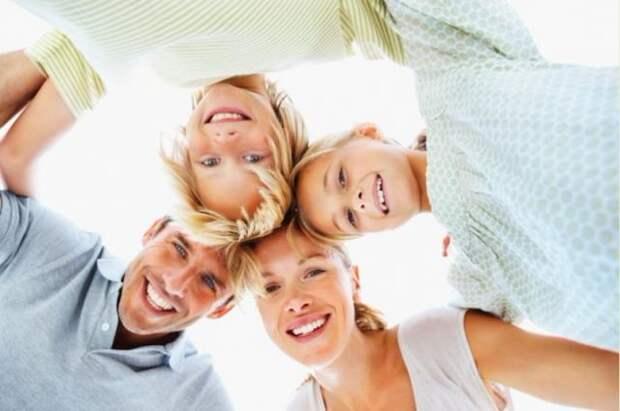 Восемь способов  поднять ребенку настроение