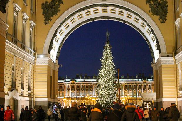 Как украсили к Новому Году города России (ФОТО)