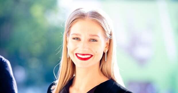Кристина Асмус отметила 33-летие в театре