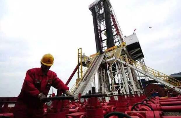 КНР впервые позволит иностранцам самим искать нефть и газ