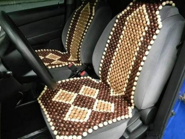 Такие накидки все еще встречаются в авто. |Фото: blogspot.com.