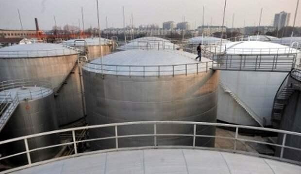 Россия может создать запасы нефти, но ей это не нужно