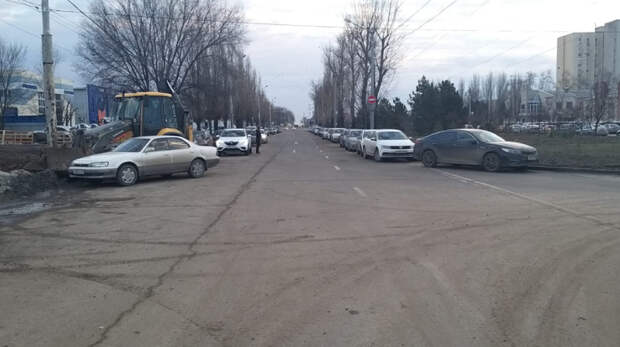 Разметку нанесут напарковках возле моста наМалиновского вРостове