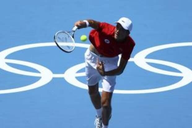 Медведев вышел во второй круг олимпийского теннисного турнира